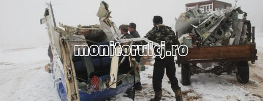 GALERIE FOTO: Epava aeronavei a fost tăiată în bucăţi