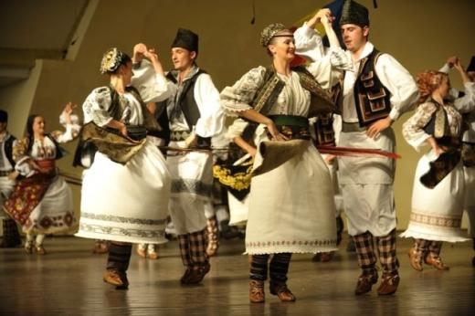 Concertele folclorice de Ziua Unirii, de la Iaşi, anulate de accidentul aviatic din Apuseni
