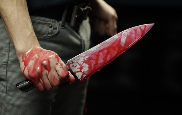 Bătaie cu cuţite în Turda. Doi bărbaţi au ajuns la spital!