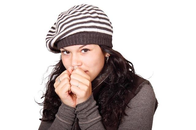 STUDIU: Tremuratul de frig ajută la slăbit