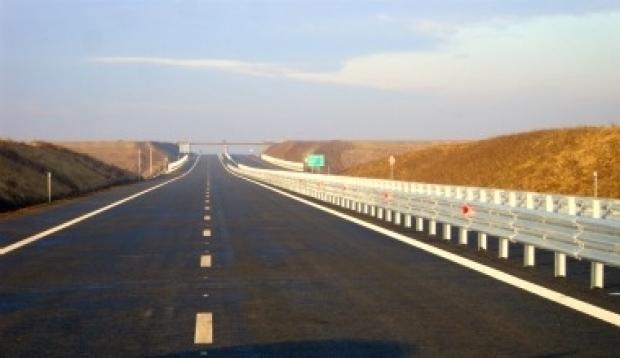 Ministrul Transporturilor, Dan Şova, a anunţat că luna aceasta va da ordinul de începere a lucrărilor pe autostrada Sebeş-Turda