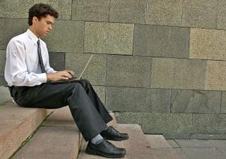 Clujul se menţine pe primul loc în ceea ce priveşte numărul de firme deschide de tinerii întreprinzători.