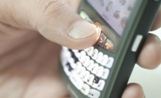 PSD Cluj acuză PDL că trimite SMS-uri electorale în ziua votului
