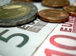 Cursul euro a urcat de la 4,3958 la 4,3971 lei