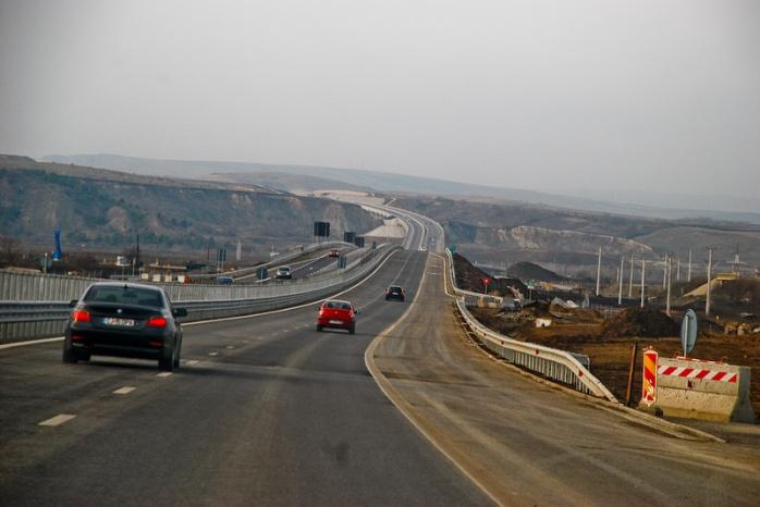 Bilanţul autostrăzilor în 2014: 50 km deschişi circulaţiei - cel mai slab an din 2010 până acum