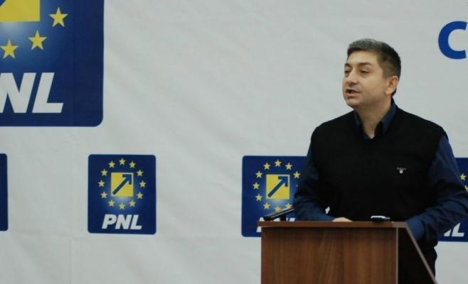 Senatorul clujean Alin Tișe