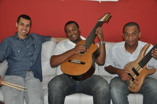 Formatia Instrumental Café Brasil. Sursă foto: www.olhovivoca.com.br