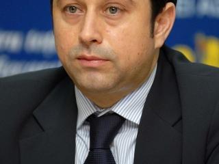 Fostul ministru al Internelor Cristian David. Sursă foto: Wikipedia