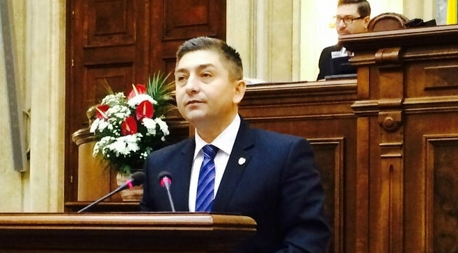 PNL cere destituirea de urgenţă a Avocatului Poporului, Victor Ciorbea