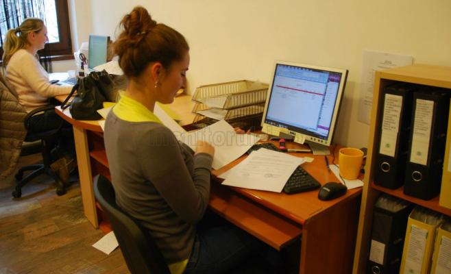 Lege aberantă: traducerile se mută la notar. Prețurile cresc și mulți traducători vor rămâne fără job