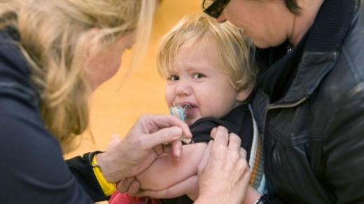 Refuzul vaccinării copiilor poate avea efecte devastatoare. Care este situația în Cluj