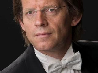 Dirijorul olandez Theo Wolters
