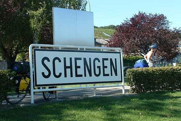 Ce argumente are România pentru aderarea la Schengen