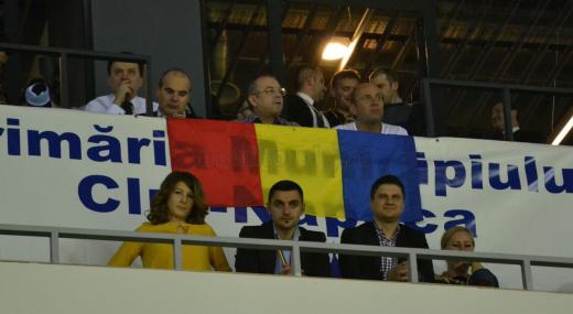 Cozmin Gușă și Rareș Bogdan l-au încadrat și pe Emil Boc