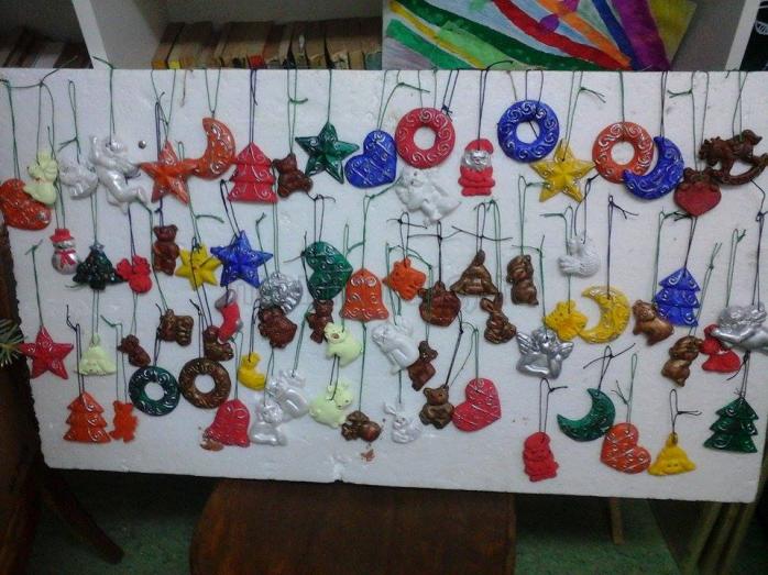 Ornamente realizate de pacienții de la secția de psihiatrie Huedin