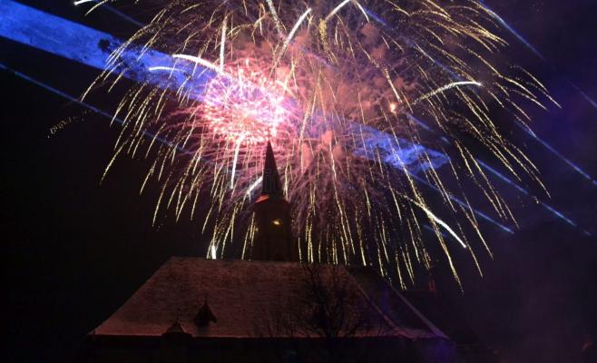 Concerte și artificii de Revelion, în Piața Unirii
