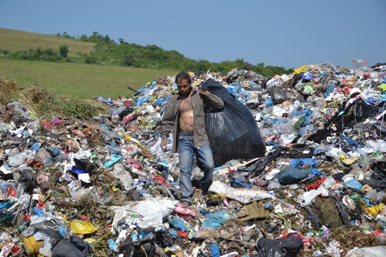 România va aplica o taxă de 80 lei/tonă la groapa de gunoi de la 1 ianuarie 2016