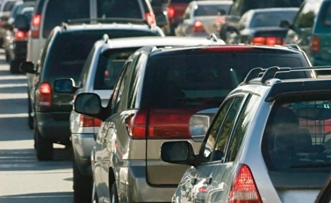 Șoferii cu mașini cu volan pe partea dreaptă ar putea fi obligați să facă cursuri suplimentare
