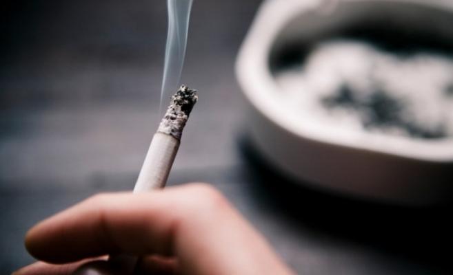 Ce părere au românii despre legea antifumat. Doar un sfert din populaţie fumează