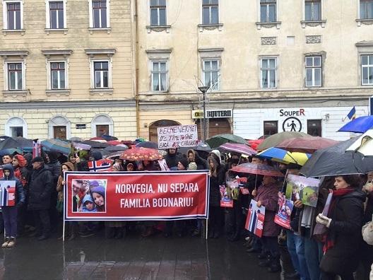 Protest de amploare la Cluj-Napoca pentru familia Bodnariu. Sunt aşteptate 5000 de persoane