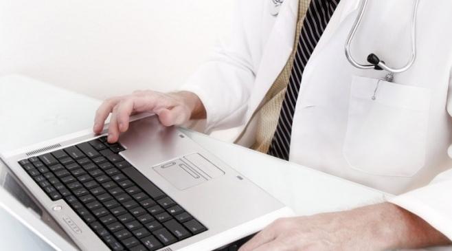 Sistemul informatic al cardului de sănătate este din nou funcţional. La Cluj, medicii lucrează normal