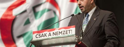 Istvan Szavay şi un alt lider Jobbik sunt vizaţi de interdicţii din cauza exprimării unor idei extremiste care riscă să aducă atingere ordinii publice în România.