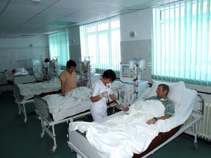 Ministerul Sănătăţii verifică compoziţia dezinfectanţilor produşi de Hexi Pharma, folosiţi în spitale