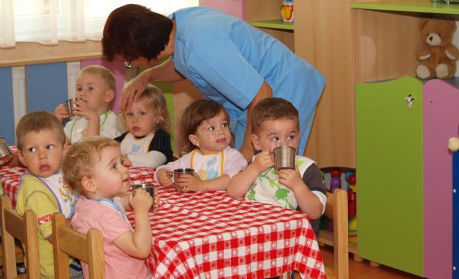 Începe înscrierea copiilor la grădiniță. Află toate informațiile necesare