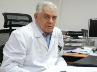 Profesorul Oliviu Pascu se pensionează, după 53 de ani de carieră