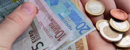 Euro a pierdut un ban
