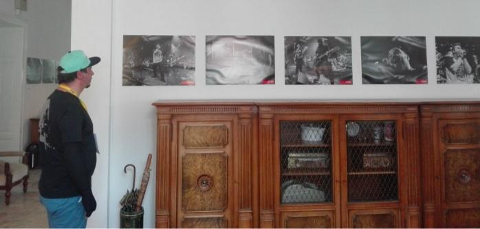 Fotografii din Colectiv, realizate de Miluță Flueraș, expuse în premieră la Cluj