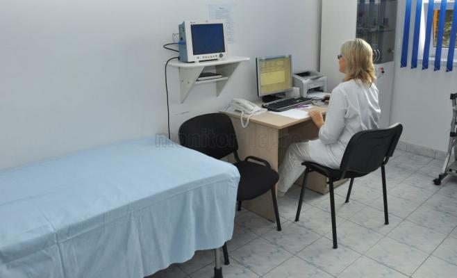 Vinerea şi defecţiunea! Sistemul informatic ţine pacienţii la uşa cabinetelor medicale