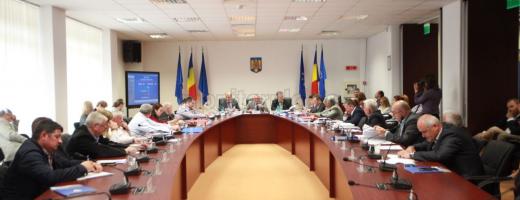Ultima ședință ordinară de Consiliu Județean din actualul mandat, încheiată cu o demisie