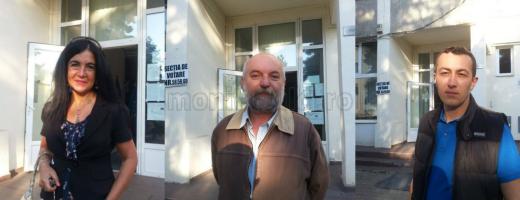 De la stânga la dreapta: primul votant, doamna Crişan, şi-a făcut apariţia la secţia de votare la ora 07:04. Vasile Almati. Cosmin.