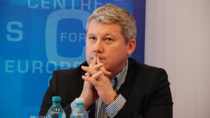 Cătălin Predoiu a demisionat din funcţia de preşedinte al PNL Bucureşti