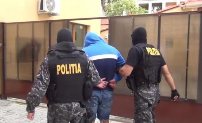 Traficanți de droguri, prinși la Cluj