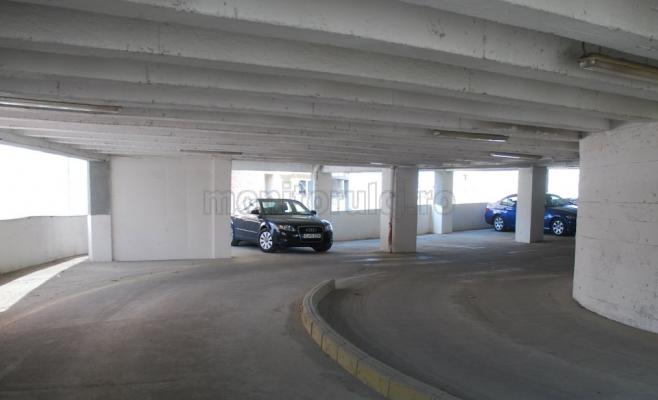 În patru ani, viitoarele parkinguri din Cluj nu trec de etapa hârtiilor