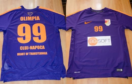 Olimpia Cluj-Napoca joacă în echipamente noi pentru apărarea titlului