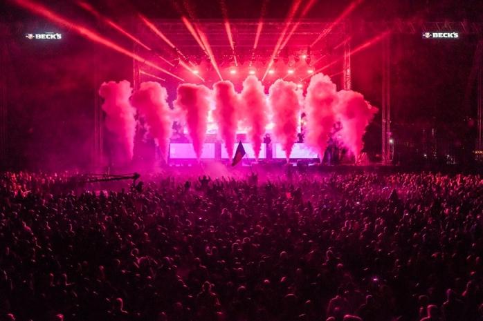 Imagine din timpul concertului Skrillex. Foto: facebook.com/ElectricCastle