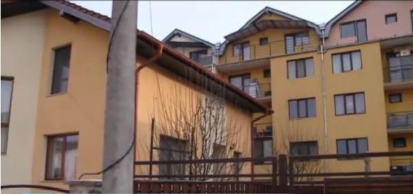 După 7 ani, o familie din Cluj a câştigat procesul cu Primăria care a autorizat nelegal un bloc de pe Câmpului