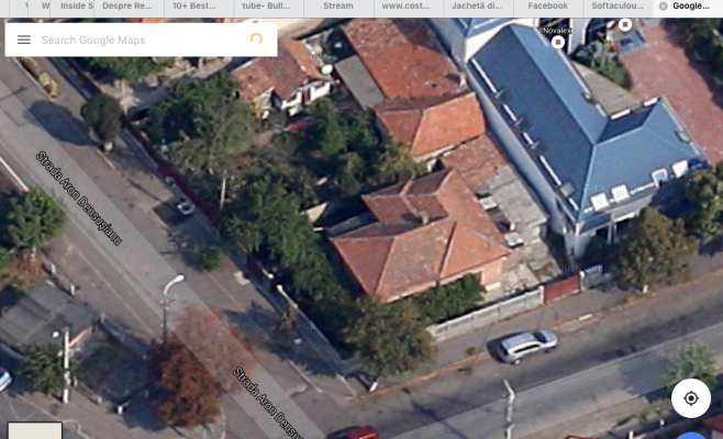 vedere initiala cu casa cu doua camere de pe google earth
