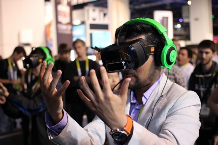 La Cluj s-a deschis primul club de realitate virtuală din România