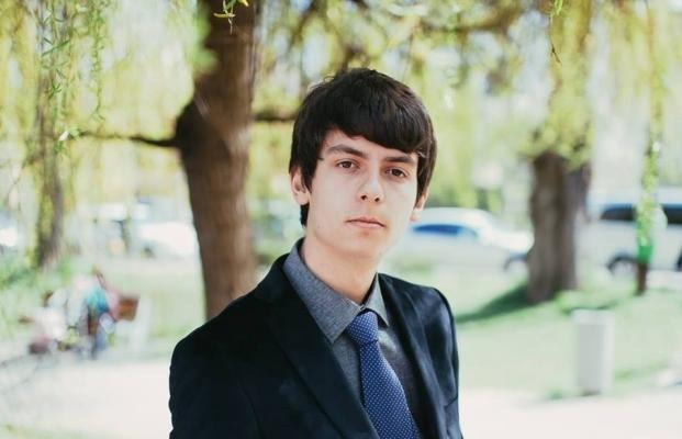 Sebastian Nechita a fost declarat de către autorităţile locale drept cel mai bun elev al Clujului. Sursa foto: Facebook Sebastian Nechita