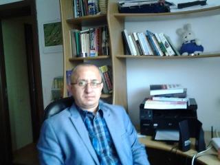 Adrian Ivan are 47 de ani şi este cadru didactic la Unviersitatea Babeş-Bolyai din 1994. Foto: Facebook arhivă personală Adrian Ivan