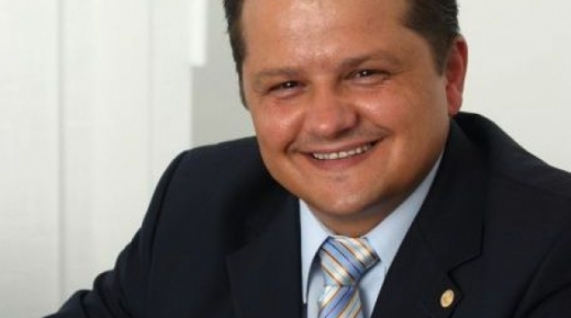 Stefan Vuza a depus oferta pentru preluarea Oltchim