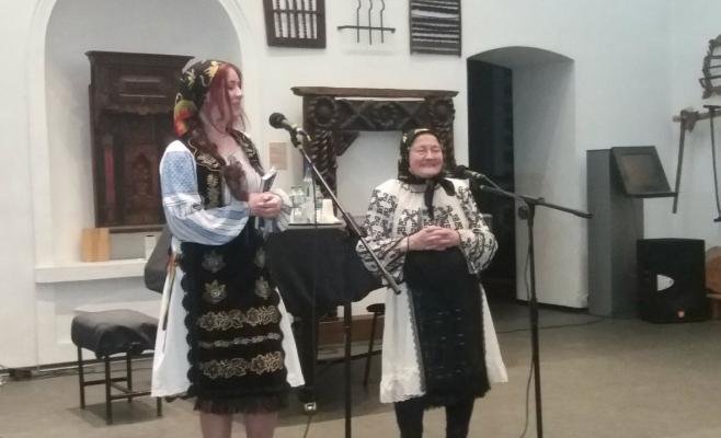 Bianca Tamas, alaturi de bunica ei