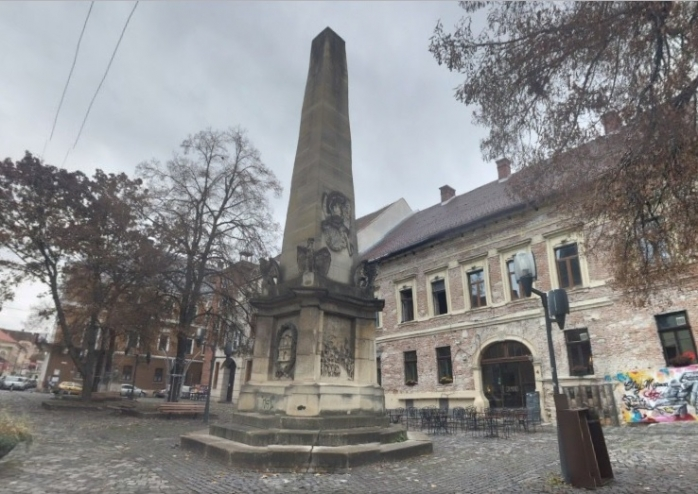 Obeliscul Carolina
