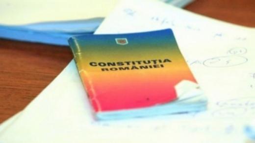 Iniţiativa cetăţeneasca de revizuire a Constituţiei pentru redefinirea familiei, aviz pozitiv   sursa foto cugetliber.ro