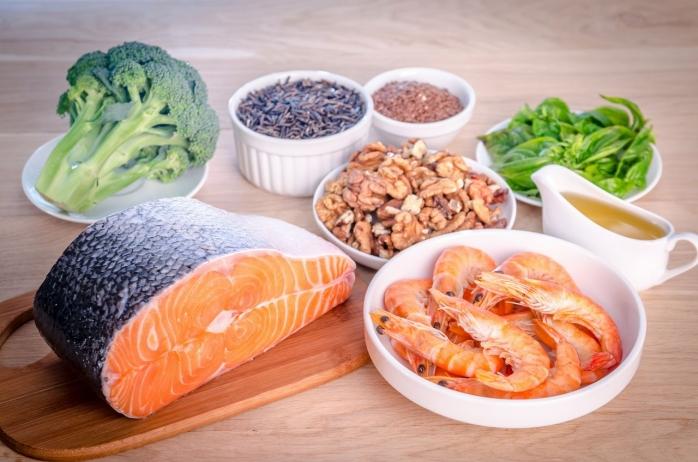 Printre sursele de omega- 3 se numără avocado şi peştele
