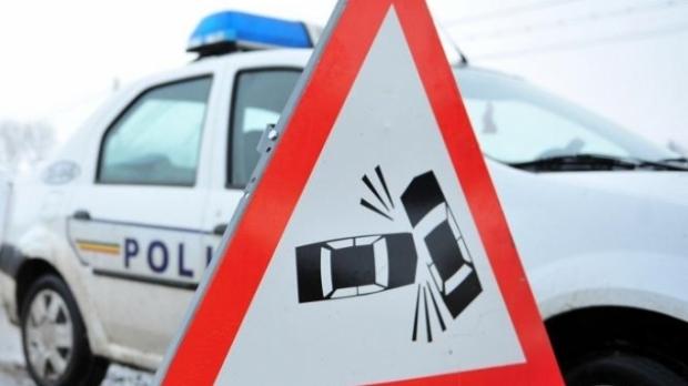 Accident pe varianta Zorilor Mănăştur. Un şofer s-a răsturnat cu maşina